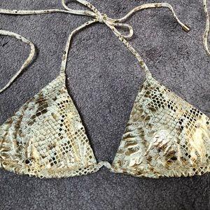 NWT - Victoria Secret Bikini Top